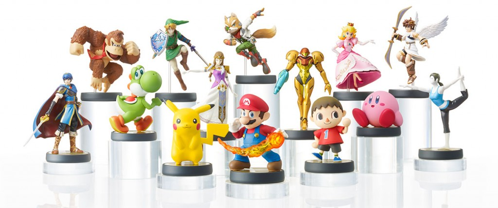 A set of Amiibos juxtaposed.