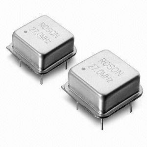 Crystal_Oscillator_with_32kHz__155MHz_Frequency_Range
