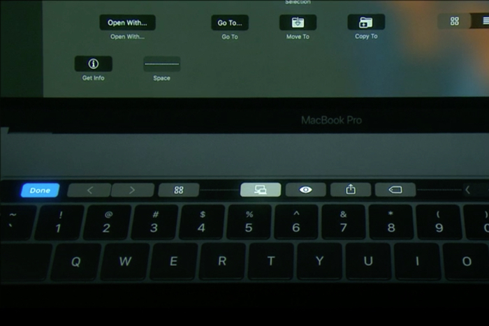 macbook-pro-touch-bar-customize-100690194-orig