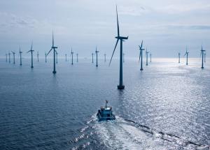 Offshore wind farm (Siemens Press, 2013)